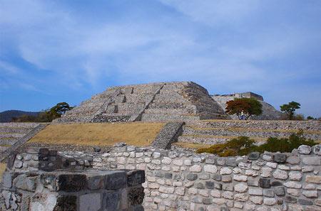 xochicalco-mexico.jpg
