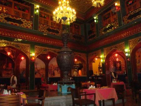 Diferentes tipos de restaurantes en qatar ser turista for Tipos de restaurantes franceses