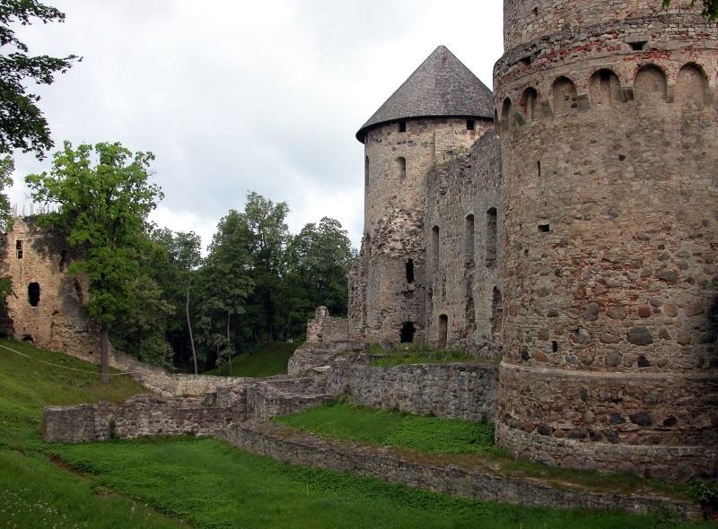 castillo cesis 1