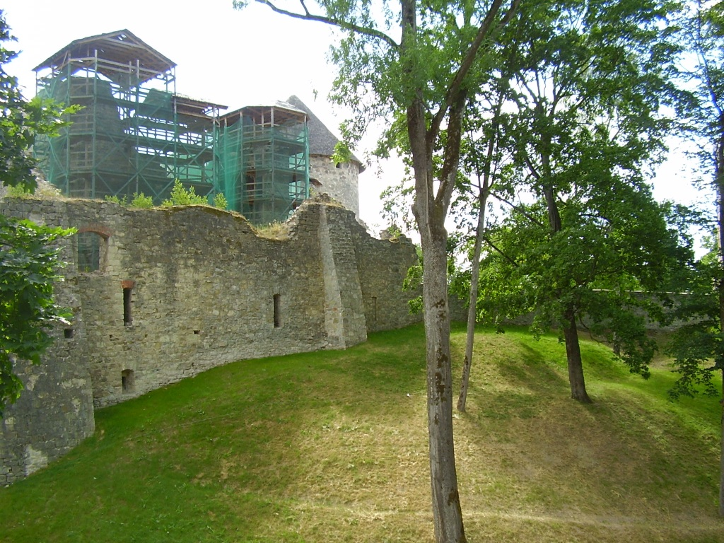 castillo cesis 3