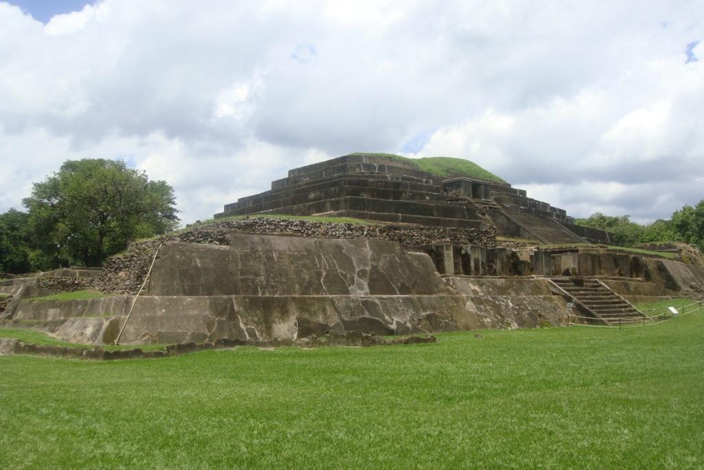 Tazumal 1