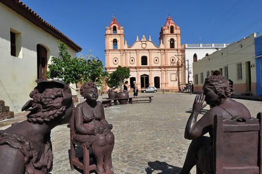 Cuba, Las calles de Camagüey, Plaza del Carmen dans immagini Plaza-del-Carmen-e1319309189342