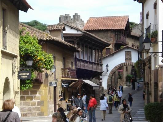Pueblo Español 2