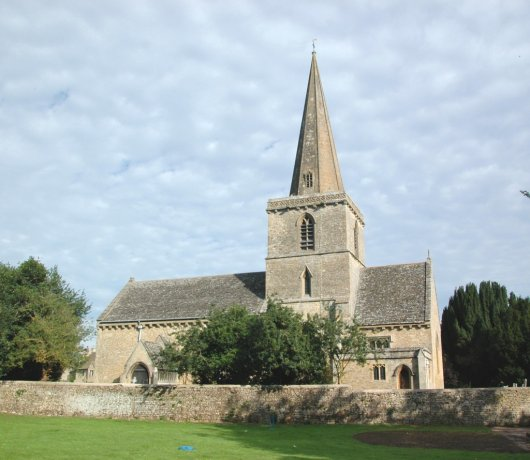 Iglesia de San Pedro en Cassington 1