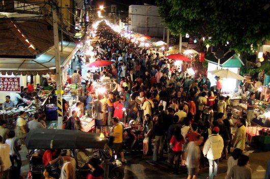 Noche en Chiang Mai 1
