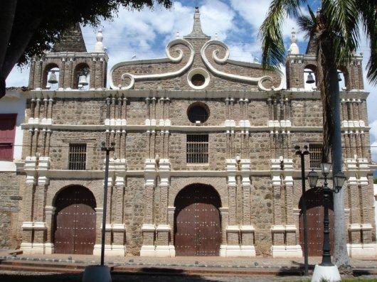 Iglesias de Santa Fe de Antioquia 2