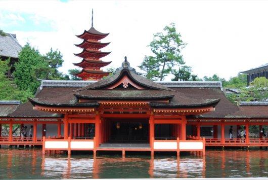 Altar Itsukushima 4