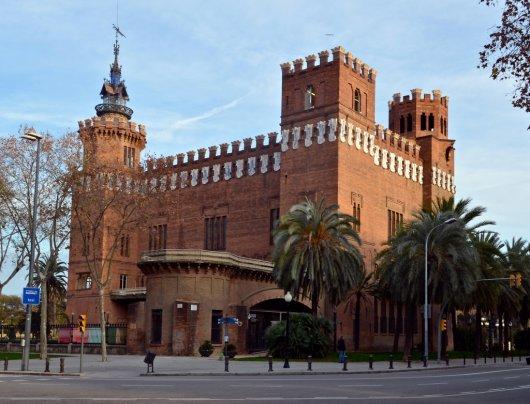 Castillo de los Tres Dragones 1