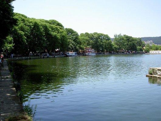 Lago Pamvotida 2