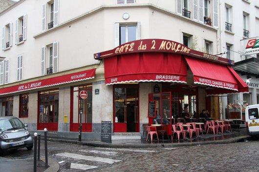 Cafe des 2 moulins 1