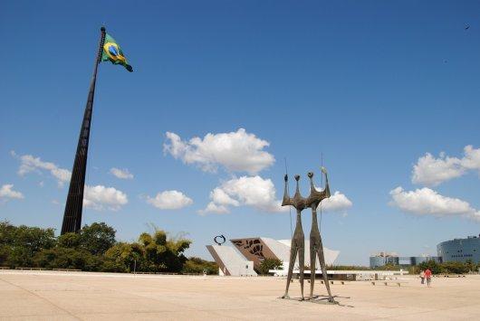 Plaza de los Tres Poderes 1