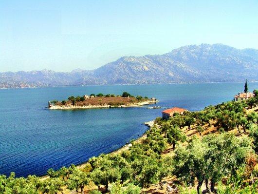 Lago Bafa 1
