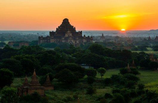 Templo Dhammayangyi 1